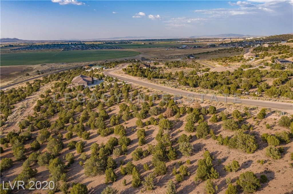 922 S Panorama Drive Property Photo