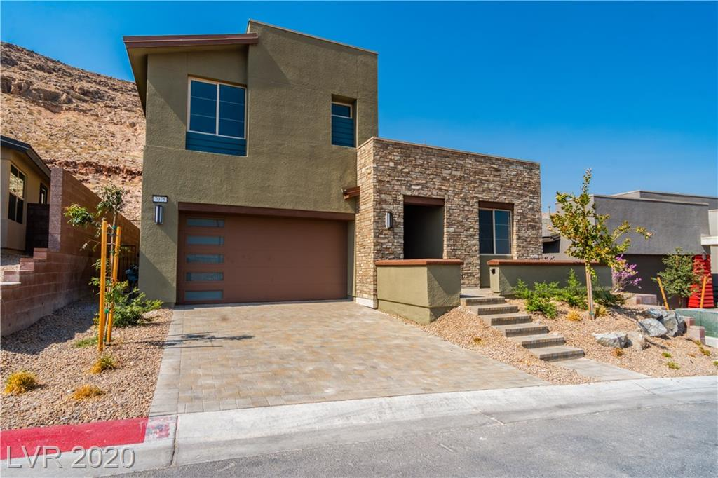 7075 Rising Comet Court Property Photo - Las Vegas, NV real estate listing