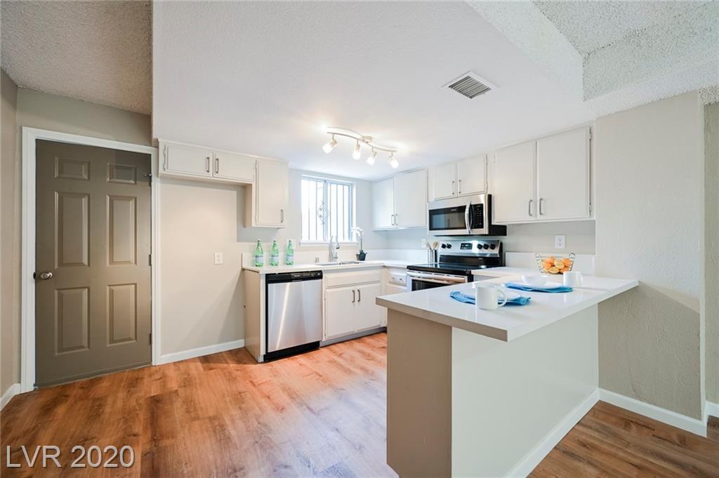 1320 Jones Boulevard Property Photo - Las Vegas, NV real estate listing