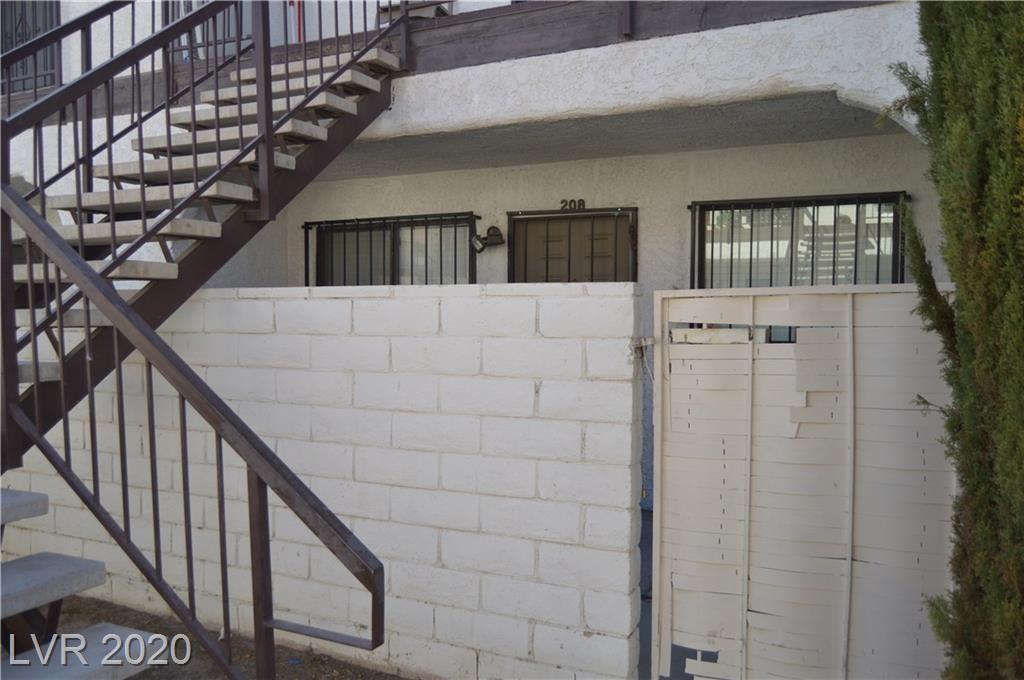 4300 Lamont Street #208 Property Photo
