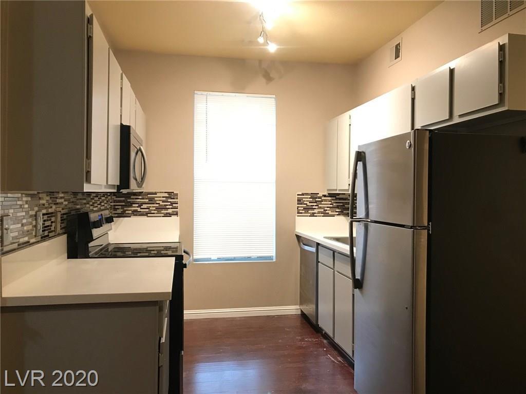 231 Horizon Ridge Parkway #811 Property Photo - Henderson, NV real estate listing