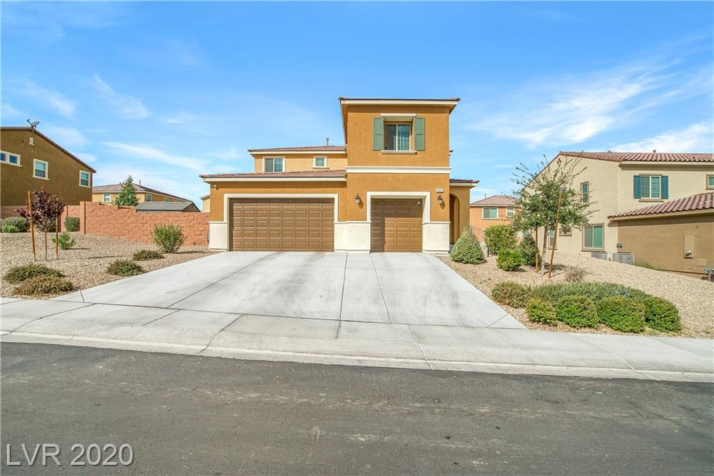 820 Lower Lake Court Property Photo - North Las Vegas, NV real estate listing