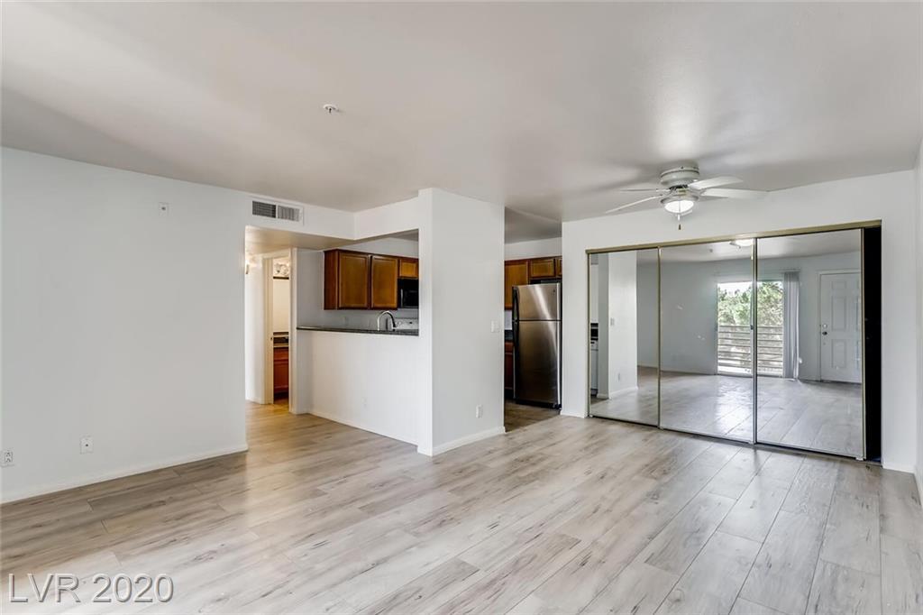 2121 BLUE BREEZE Drive #202 Property Photo - Las Vegas, NV real estate listing