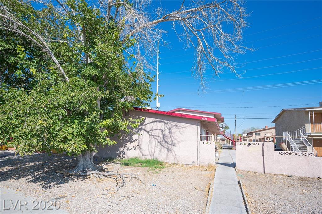 5232 Pebble Beach Boulevard Property Photo - Las Vegas, NV real estate listing