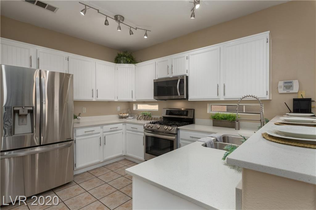 1402 Doucette Drive Property Photo - Las Vegas, NV real estate listing