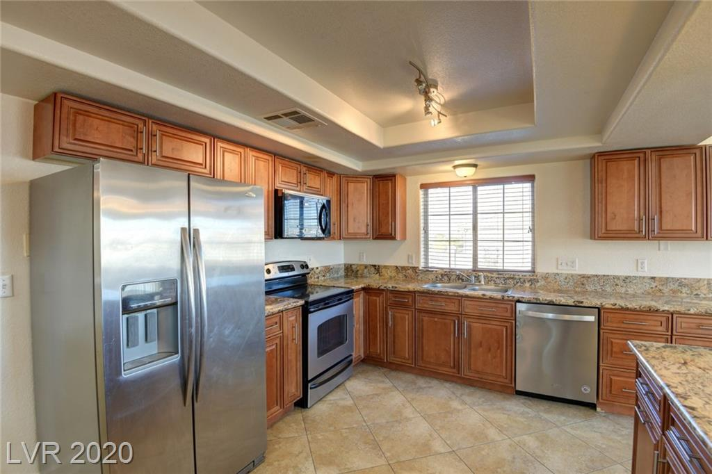 932 Essex Avenue Property Photo - Henderson, NV real estate listing