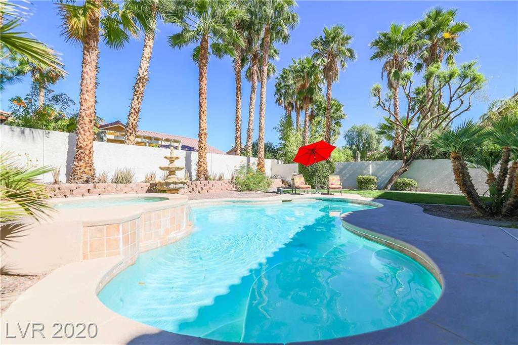 1430 October Oak Avenue Property Photo - Las Vegas, NV real estate listing