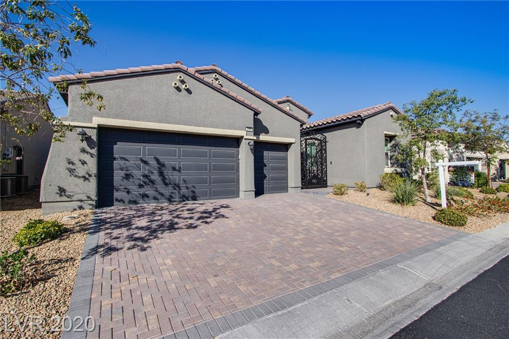 5761 Douglas Everett Street Property Photo - Las Vegas, NV real estate listing