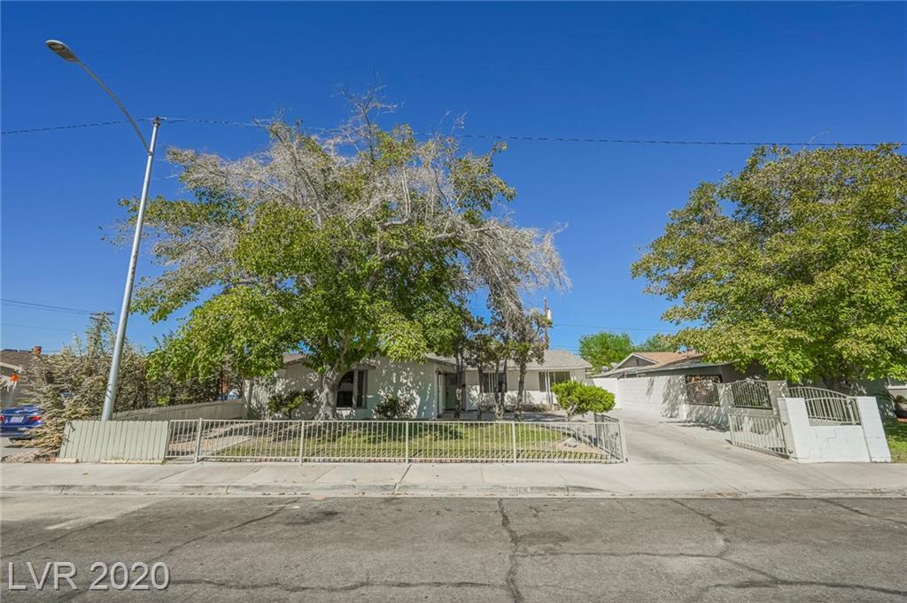 5924 Pebble Beach Boulevard Property Photo - Las Vegas, NV real estate listing