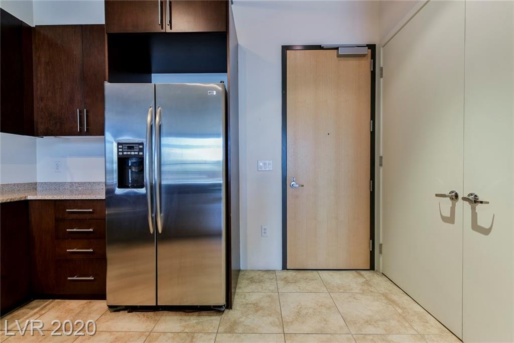 353 Bonneville Avenue #343 Property Photo
