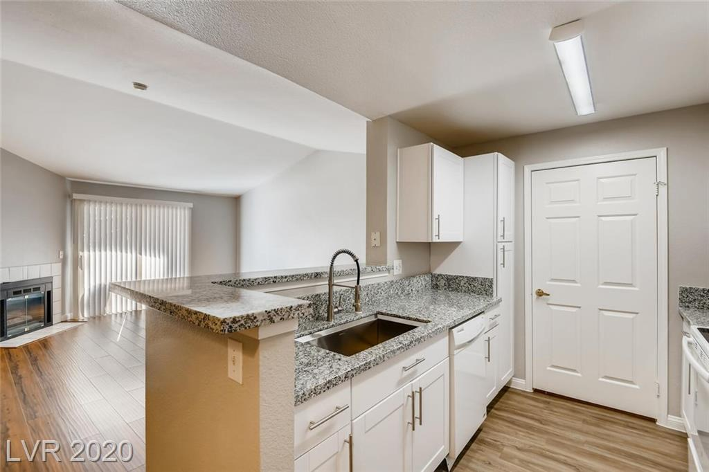 231 Horizon Ridge Parkway #1327 Property Photo - Henderson, NV real estate listing