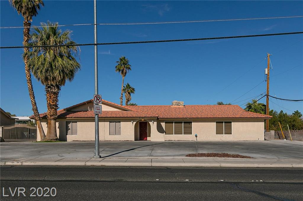 6364 Desert Inn Road Property Photo - Las Vegas, NV real estate listing
