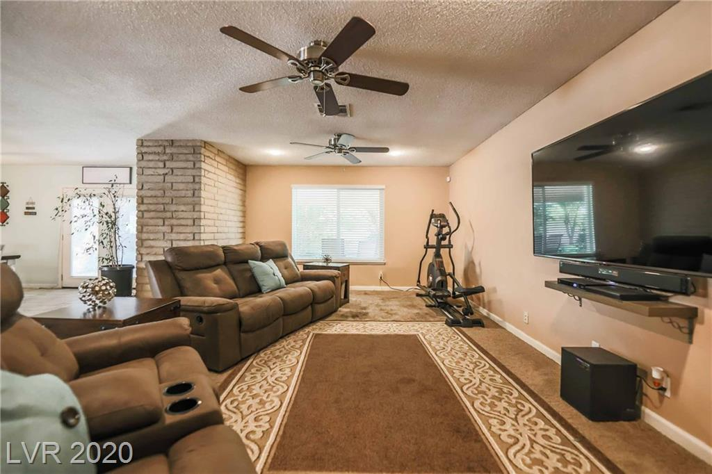 891 Stonehenge Street Property Photo - Las Vegas, NV real estate listing