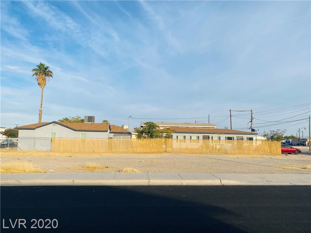 421 Van Buren Avenue Property Photo