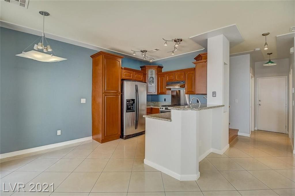 251 S Green Valley Parkway #411 Property Photo - Henderson, NV real estate listing