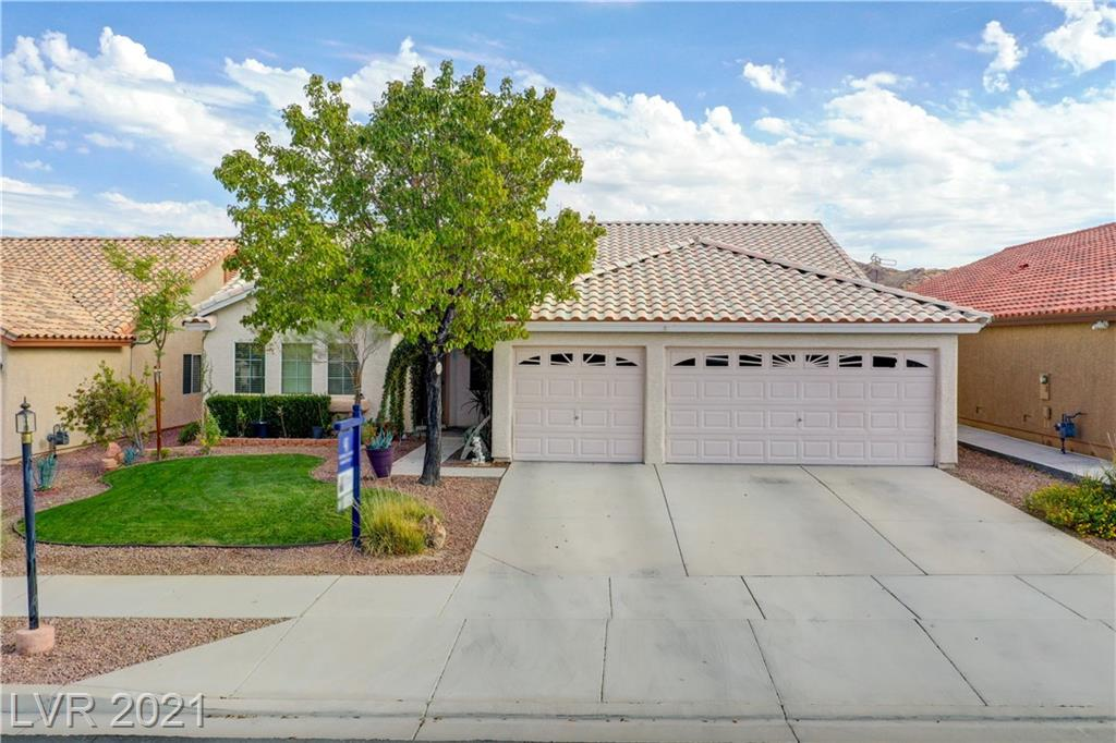 2438 Aladdin Lamp Street Property Photo - Henderson, NV real estate listing