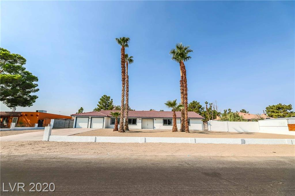 5343 Tamarus Street Property Photo - Las Vegas, NV real estate listing