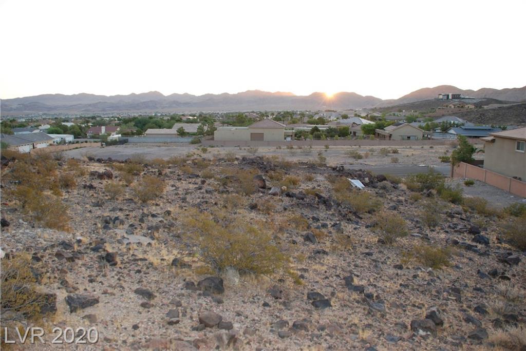 Gloria Mountain Road Property Photo