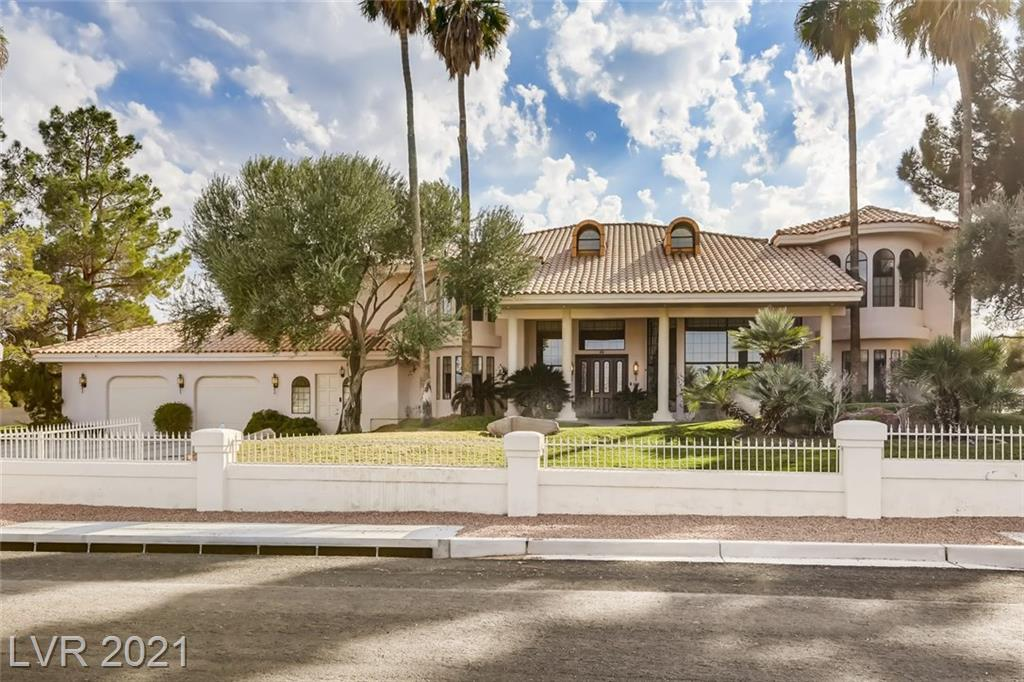 8825 W La Madre Way Property Photo - Las Vegas, NV real estate listing