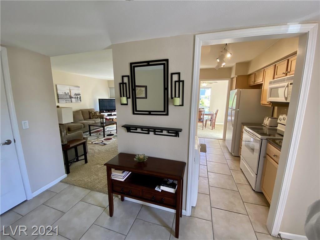 682 Oakmont Avenue #1505 Property Photo