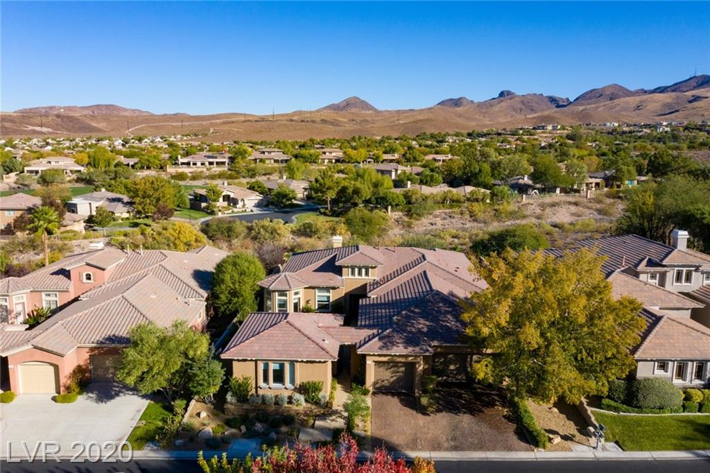 20 Brays Island Drive Property Photo - Henderson, NV real estate listing
