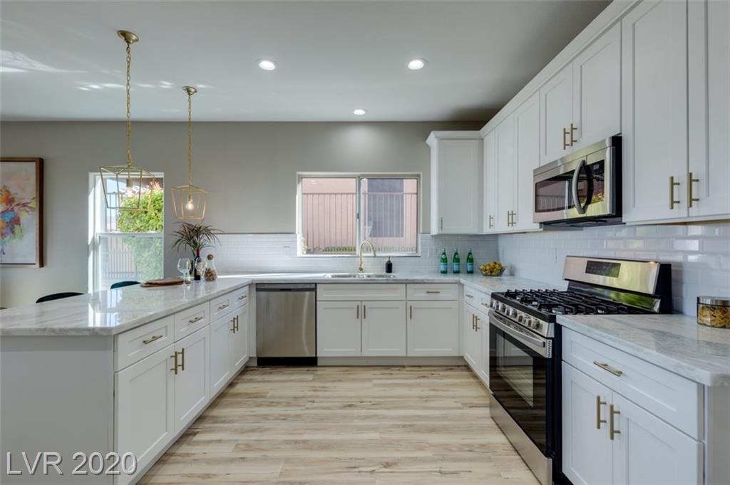 1732 Williamsport Street Property Photo