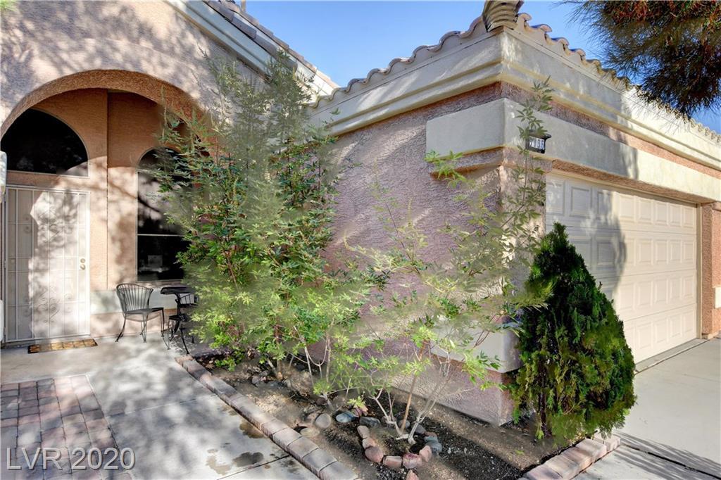 6136 Sandstone Mesa Drive Property Photo - Las Vegas, NV real estate listing