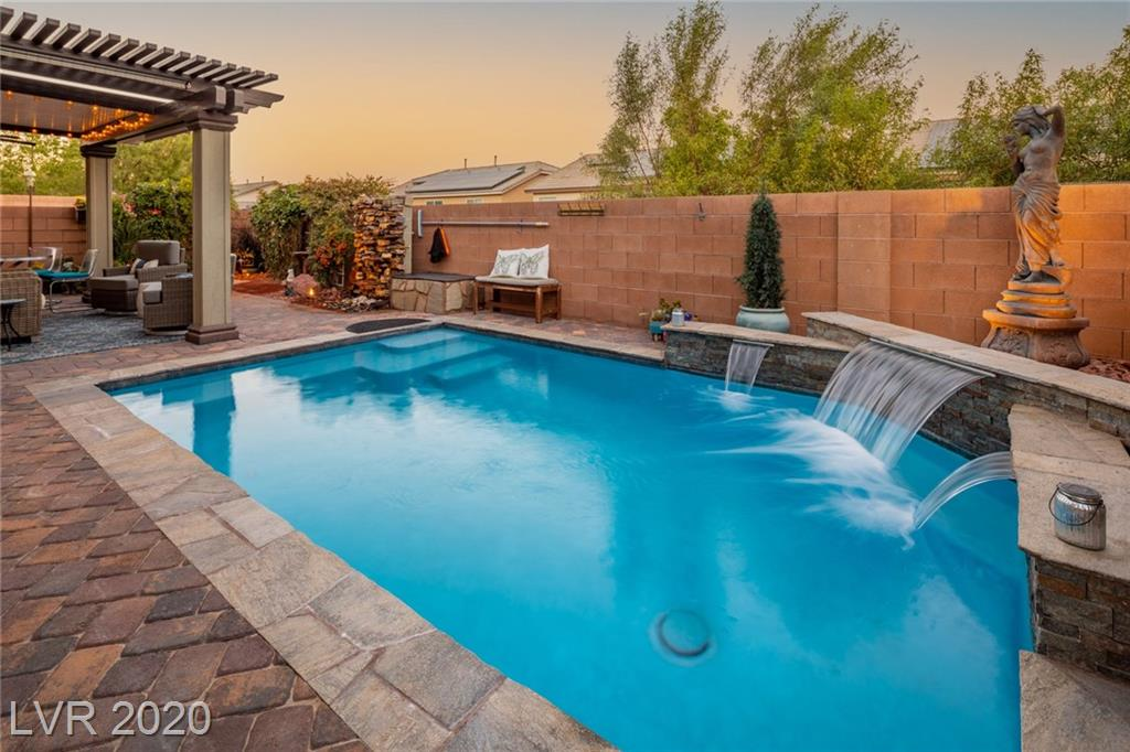 7134 Brighton Village Street Property Photo - Las Vegas, NV real estate listing
