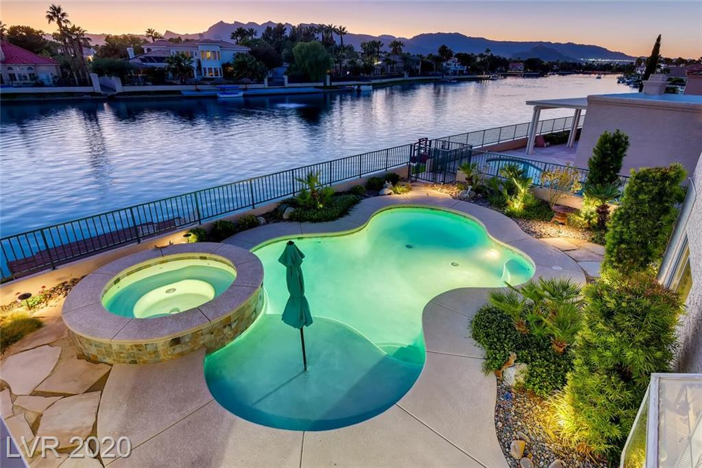 2741 Crystal Beach Drive Property Photo - Las Vegas, NV real estate listing