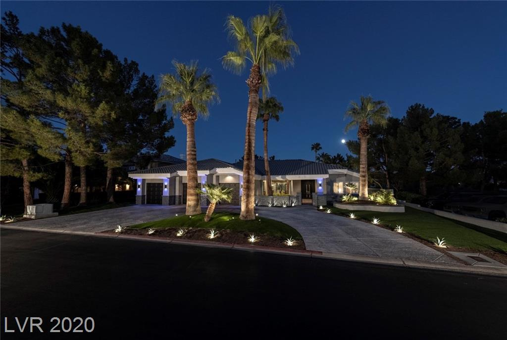 1704 Silver Oaks Street Property Photo - Las Vegas, NV real estate listing