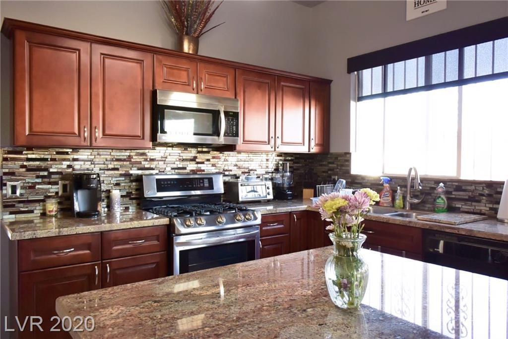 5306 Clinging Vine Street Property Photo - North Las Vegas, NV real estate listing