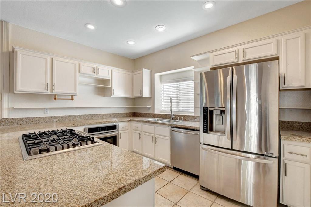 9376 Scenic Mountain Lane Property Photo - Las Vegas, NV real estate listing