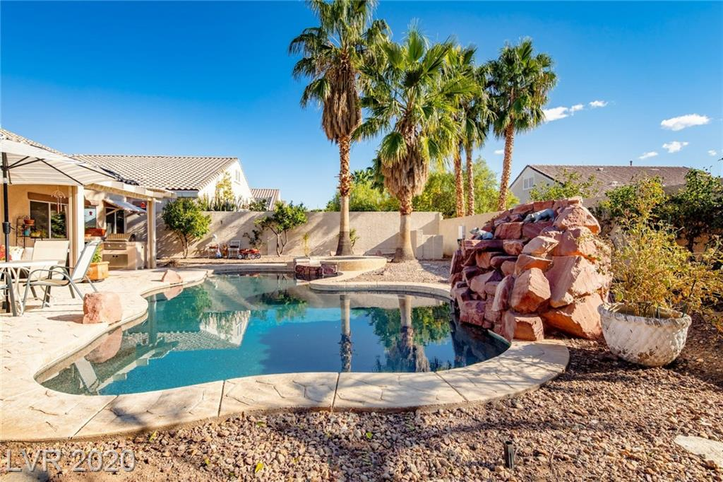 2113 Paganini Avenue Property Photo - Henderson, NV real estate listing