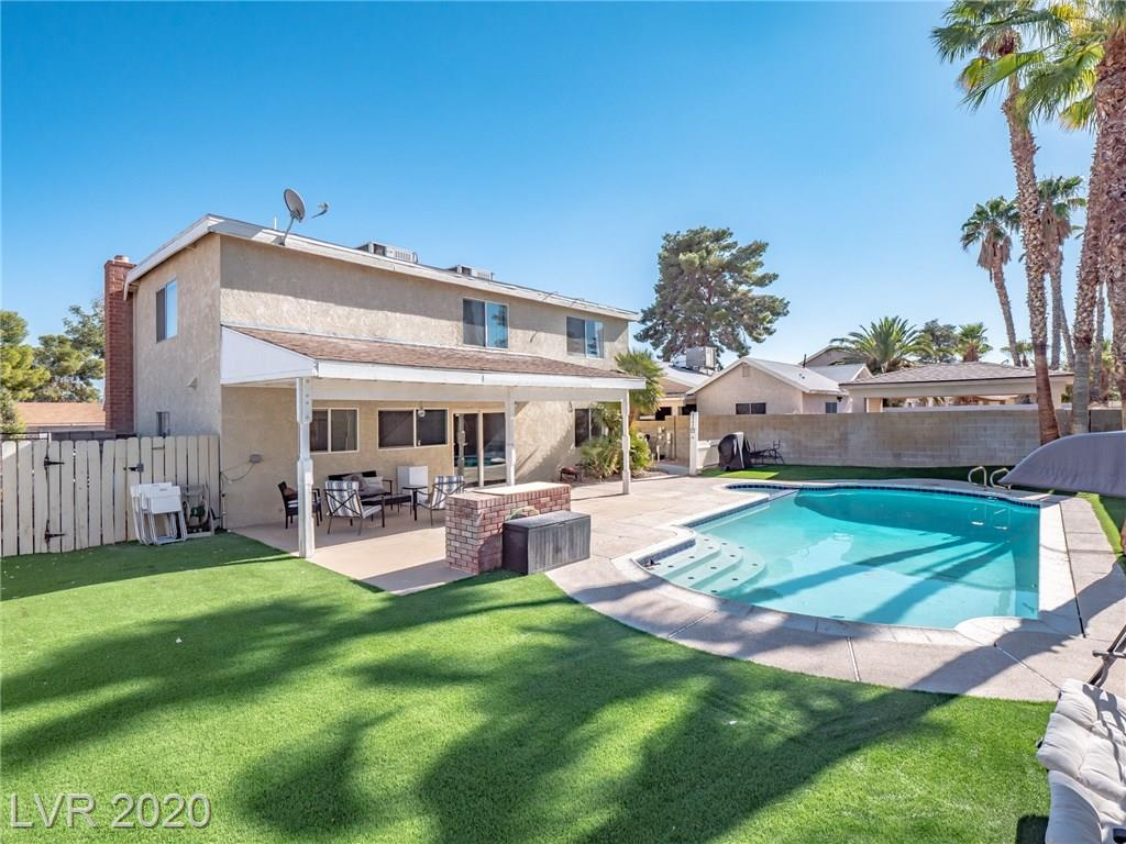 4295 Cloverhill Court Property Photo - Las Vegas, NV real estate listing