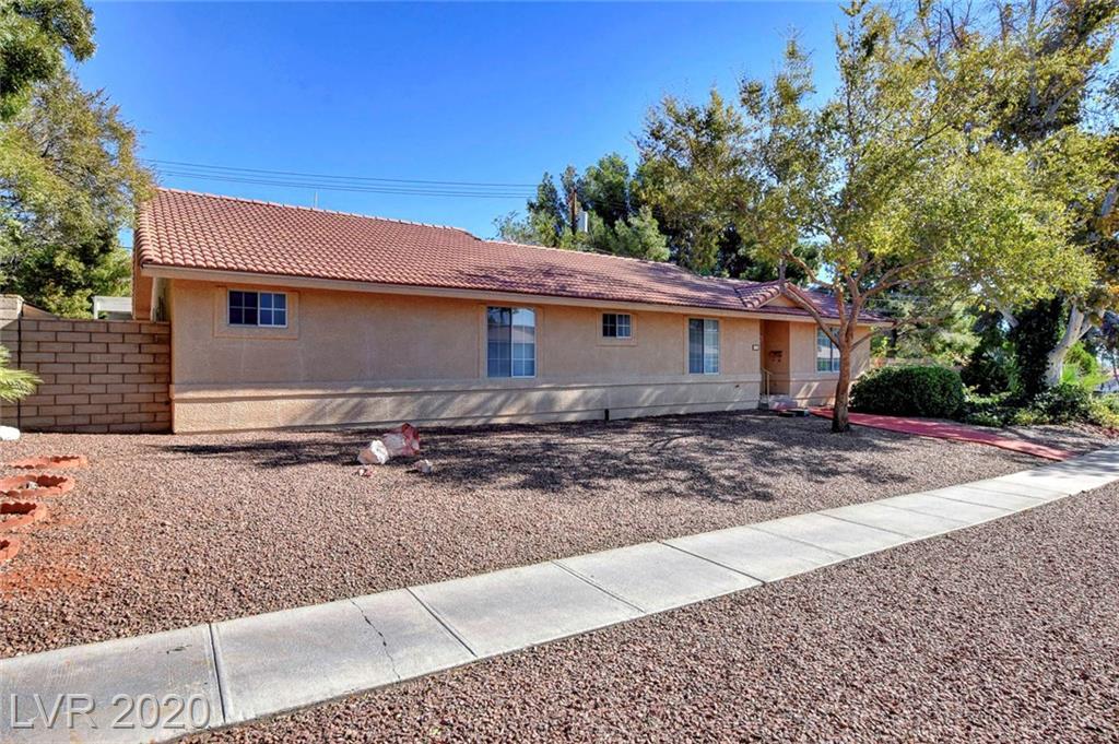 537 Cherry Street Property Photo - Boulder City, NV real estate listing