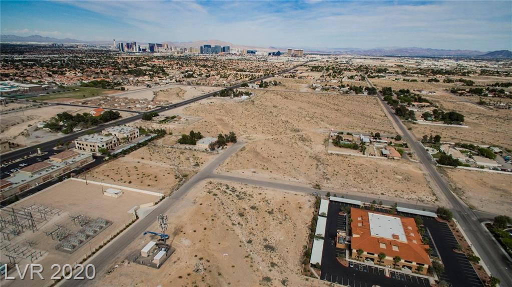 W Quail Property Photo - Las Vegas, NV real estate listing