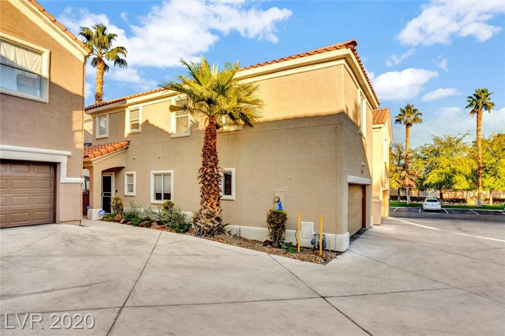 7576 Kerr Lake Court Property Photo - Las Vegas, NV real estate listing