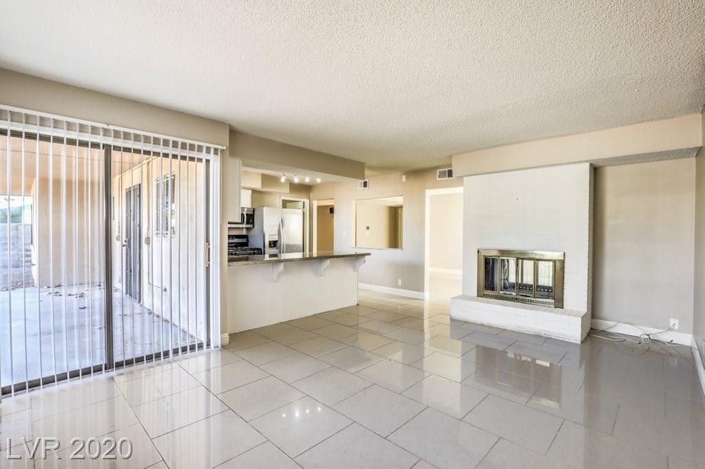 5144 Via De Palma Drive Property Photo - Las Vegas, NV real estate listing