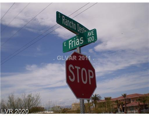 100 E Frias Avenue Property Photo