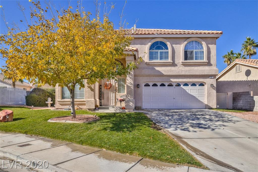 35 Tuckaway Court Property Photo - Henderson, NV real estate listing