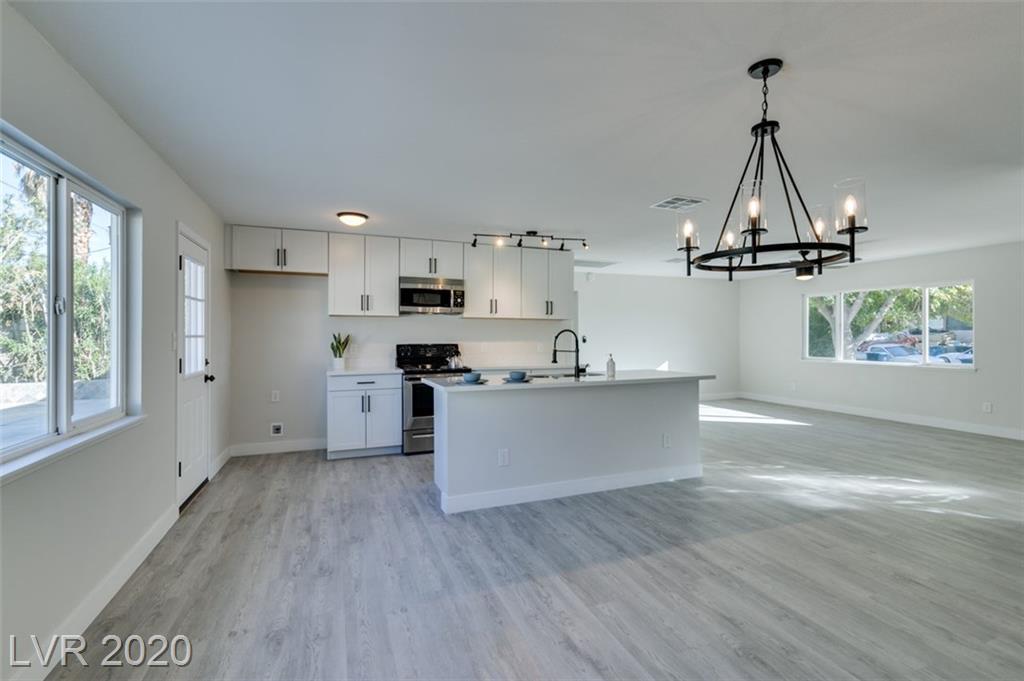 3560 Regents Court Property Photo - Las Vegas, NV real estate listing