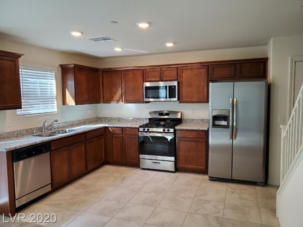 301 Rain Quail Way Property Photo - Henderson, NV real estate listing