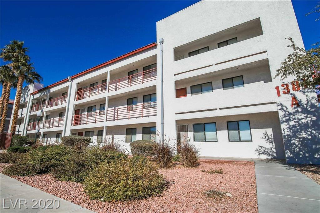 1381 University Avenue #304 Property Photo