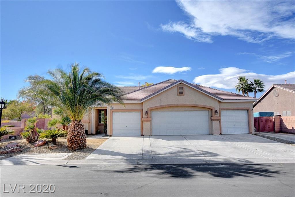 8505 Halleys Comet Street Property Photo - Las Vegas, NV real estate listing