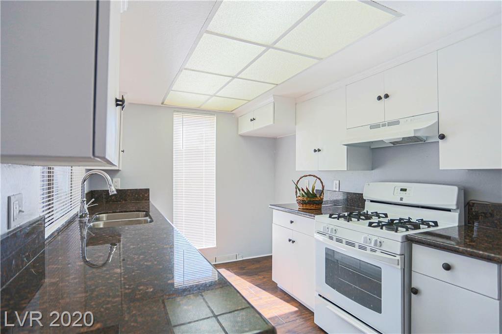 Casa Vegas Apartment Homes Real Estate Listings Main Image