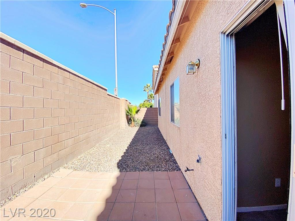 3229 RAINMAKER Street Property Photo - Las Vegas, NV real estate listing