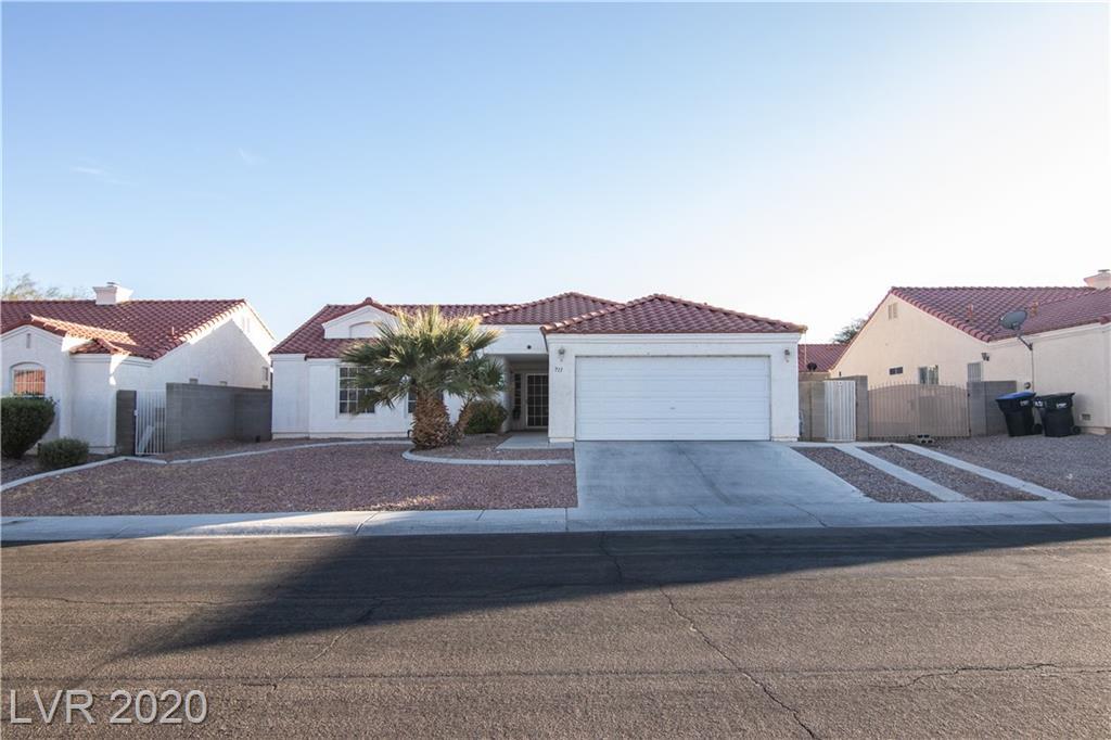 711 Wolf Lake Avenue Property Photo - North Las Vegas, NV real estate listing
