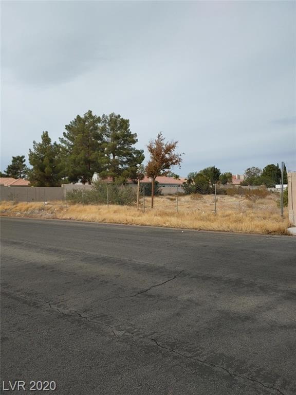 2249742 Property Photo