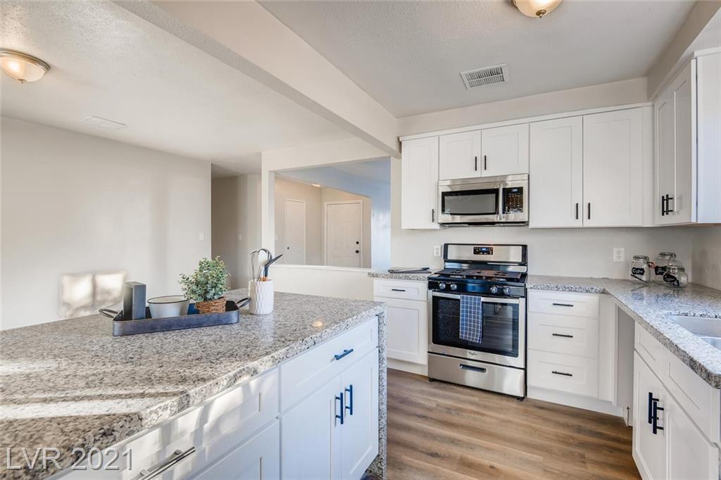 4716 Rip Van Winkle Lane Property Photo - Las Vegas, NV real estate listing