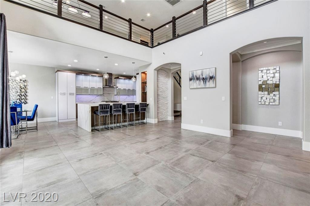 365 Shimmering Moon Street Property Photo - Henderson, NV real estate listing